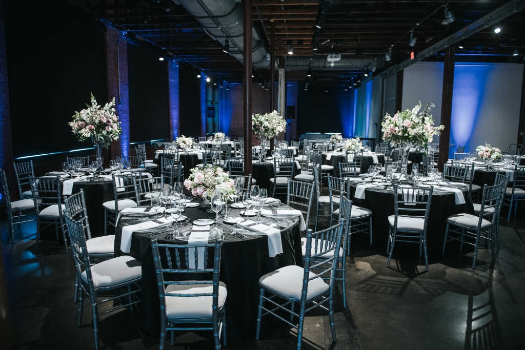 corporate catering: catering, bar services and event design for high profile corporate events, galas, conventions, social gatherings, special occasions and for some of Dallas-Fort Worth's top venues and meeting planners.